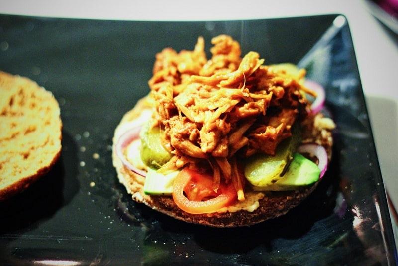 Vegane Pulled-Pork-Burger aus Jackfruit - ein Genuss!